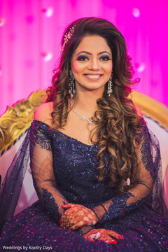 Gorgeous Indian bride's capture at wedding reception.