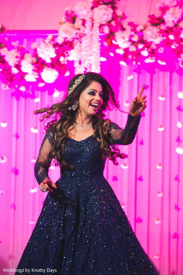 indian bride,indian wedding fashion,indian wedding reception fashion