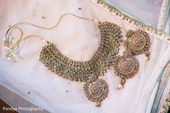 Dazzling indian bridal jewelry