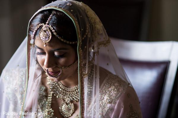 indian wedding gallery,indian bride getting ready,indian bride fashion
