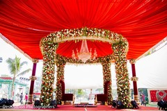 Awesome indian wedding stage decor