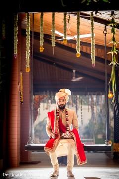 Take a look at this elegant indian groom