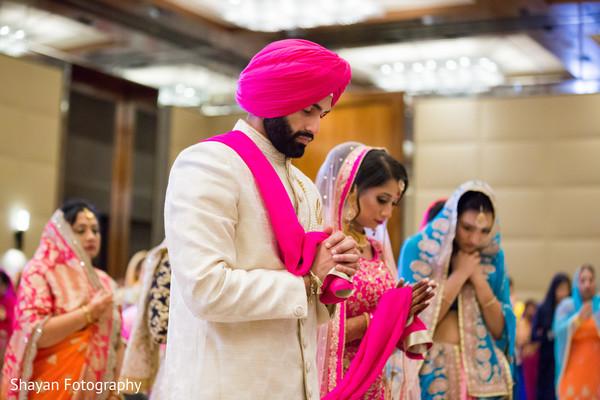 Wonderful Indian bride and groom ceremony.