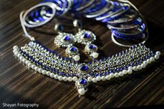 Gorgeous Indian bride's choker necklace.