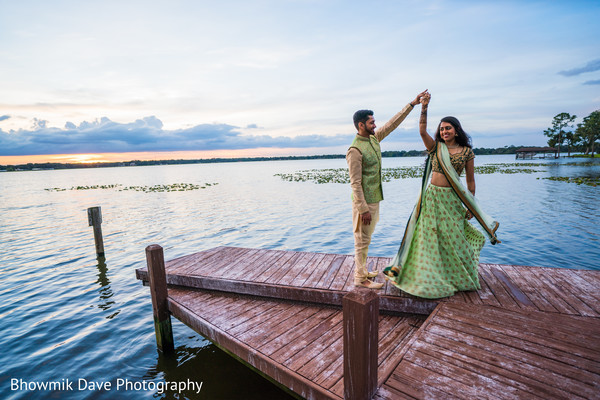 indian bride and groom,indian pre-wedding fashion