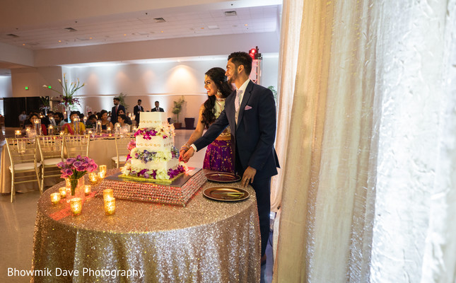 indian bride and groom,indian wedding fashion,indian wedding cake