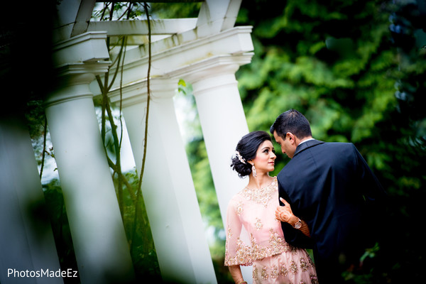 indian wedding gallery,outdoor photography,indian couple