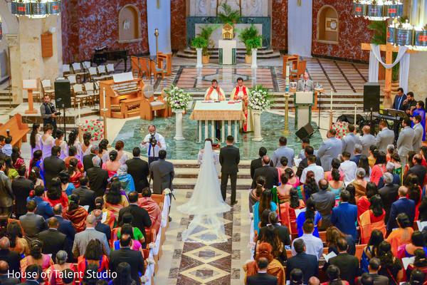 Marvelous Indian wedding ceremony celebration capture.