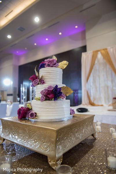indian wedding reception decoration,indian wedding cake