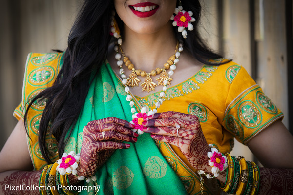 indian wedding gallery,outdoor photography,indian bride,mehndi art