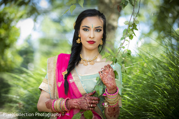 indian wedding gallery,outdoor photography,indian bride,mehndi art,bridal jewelry