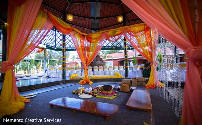 Fabulous indian wedding ceremony stage decor