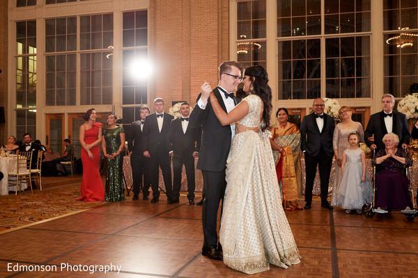 indian bride and groom,indian wedding reception fashion,indian wedding dance floor