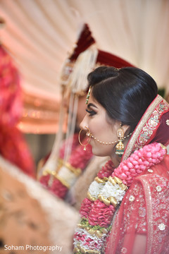 Marvelous Indian bride at her wedding ceremony capture.