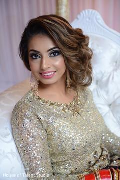 Unbelievable Indian bride's capture.