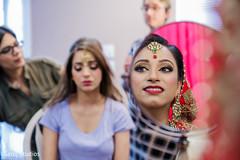 Wonderful maharani's reflection on a mirror capture.