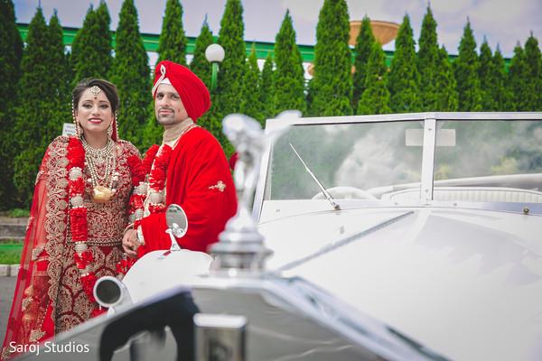 indian bride and groom,indian wedding transportation,indian wedding fashion
