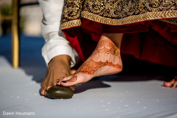 indian wedding ceremony,indian wedding ritual,indian wedding mehndi