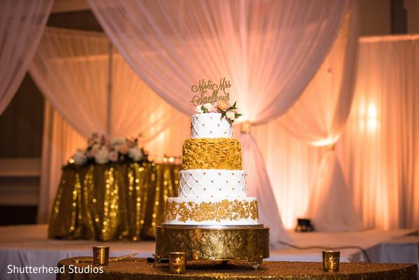 indian wedding cake,tier cake,indian wedding design