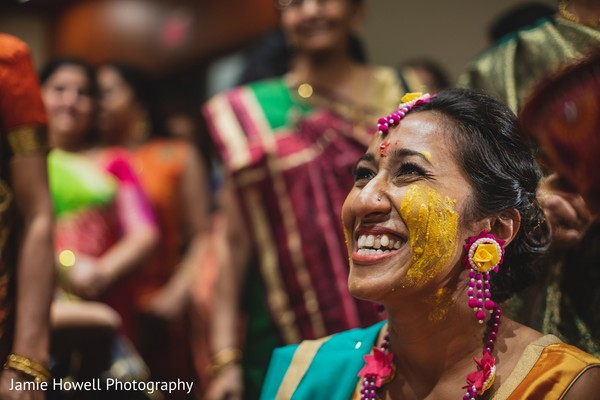 haldi powder,haldi ceremony,phiti,indian bride