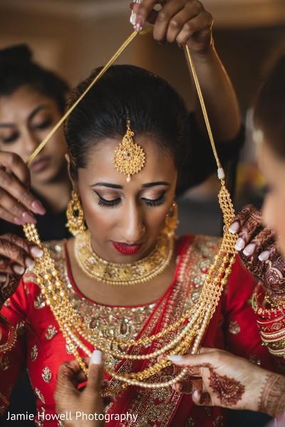 Phenomenal indian bridal necklace choker.