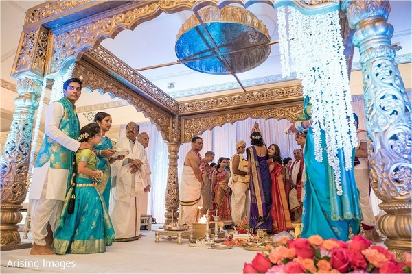 mandap,indian wedding ceremony,indian wedding ceremony fashion