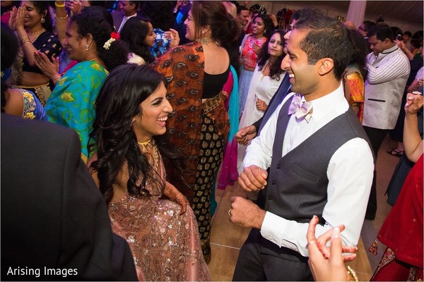 indian bride and groom,indian wedding reception fashion,indian wedding reception dance
