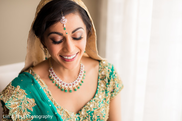 indian wedding gallery,indian bride,bridal jewelry,indian bride makeup