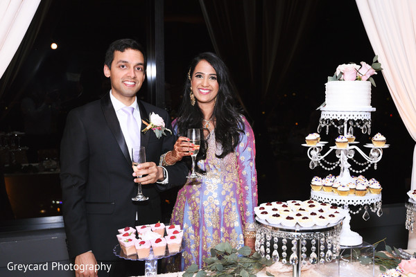 indian bride and groom,indian wedding reception fashion,indian wedding reception cake