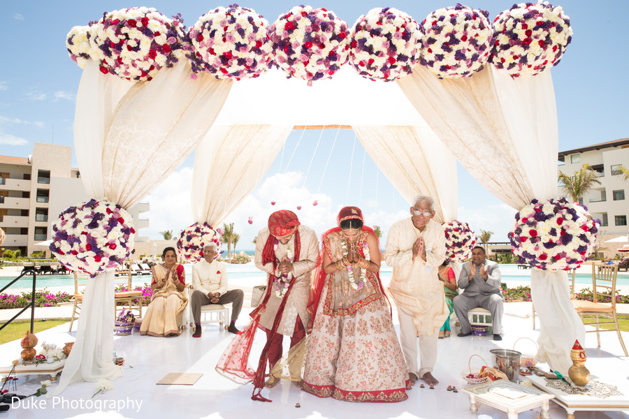 indian bride and groom,maharani and raja,indian wedding ceremony,mandap