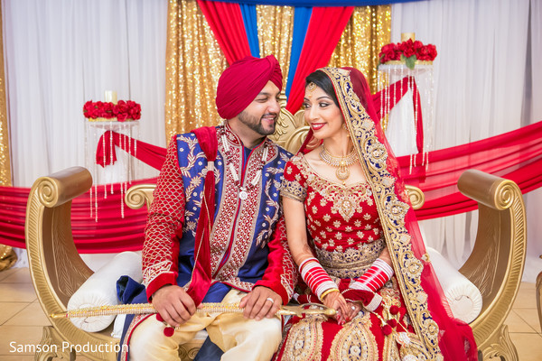 portrait,indian newlyweds,indian bride,smiles