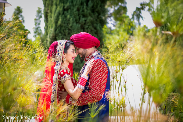 outdoors photography,indian newlyweds,maharani,style
