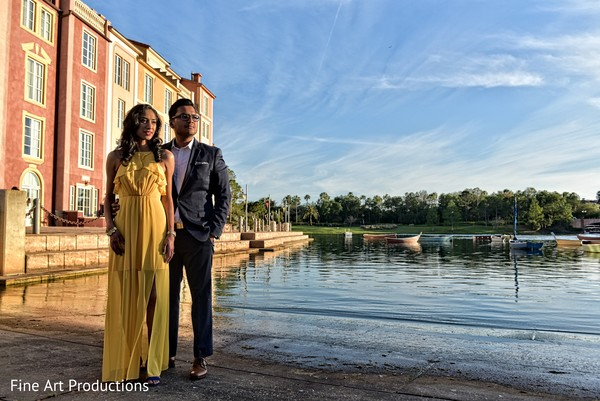 indian bride and groom,indian pre-wedding fashion,outdoor photography
