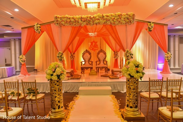 indian wedding floral and decor,indian wedding floral,indian wedding stage