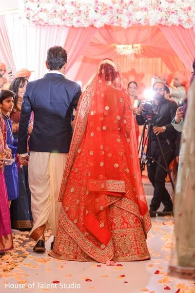 Gorgeous indian bride dupatta