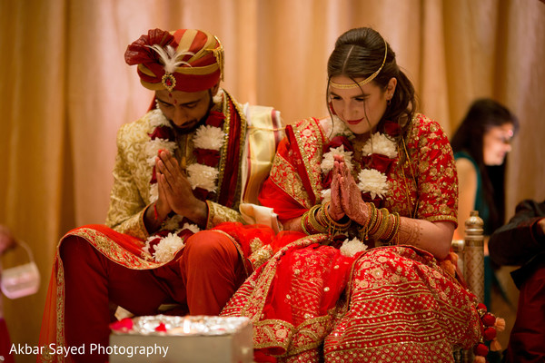 ceremony,indian wedding,colorful,indian bride
