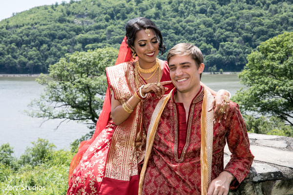indian bride and groom,indian wedding ceremony fashion,indian bride and groom jewelry