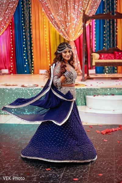 sari,venue,indian wedding,indian bride