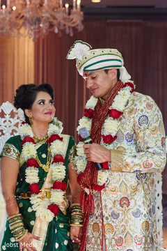 Marvelous capture of Indian couple at their wedding ceremony.