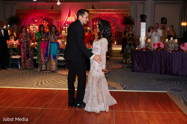 indian bride and groom,indian wedding reception fashion,indian wedding reception dance floor