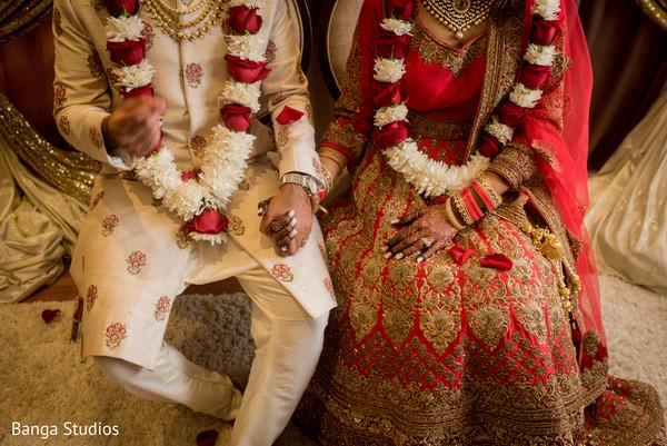 indian bride and groom,indian wedding ceremony,indian wedding ceremony fashion