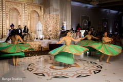Magnificent Indian wedding Bollywood dancers.