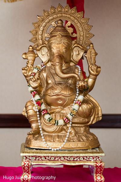 Stunning Ganesha statue