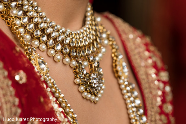 Indian bridal jewelry capture