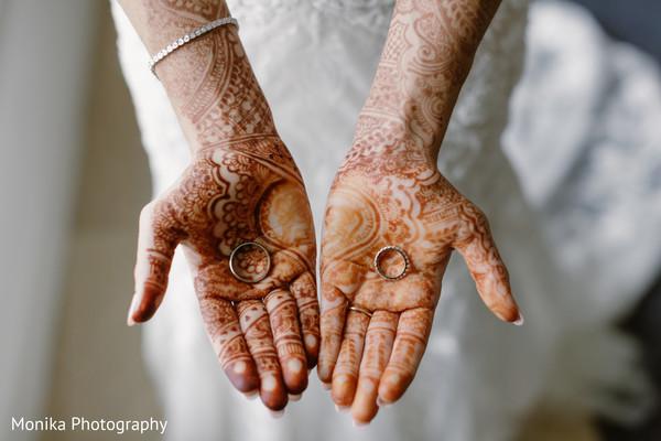 mehndi,wedding rings,wedding bands