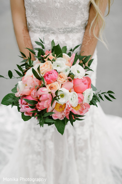 floral and decor,bridal bouquet