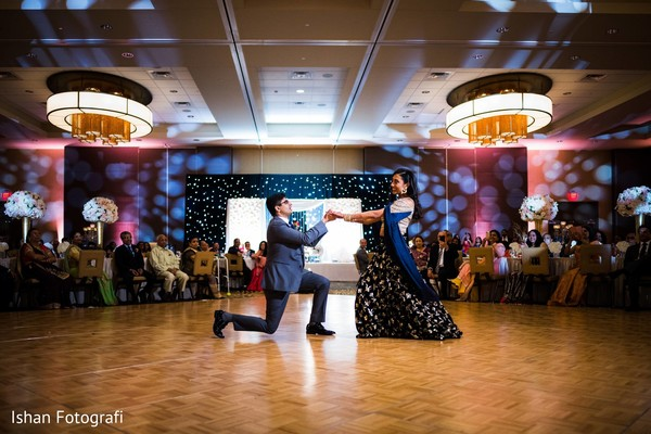 Maharani and groom keep on dancing during the colorful reception