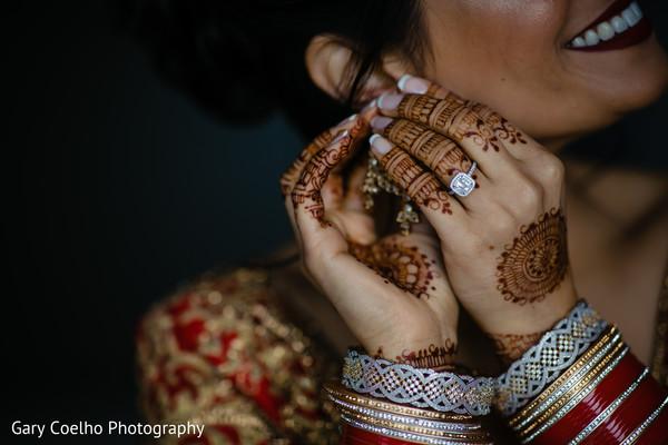 indian bride,indian bridal mehndy,indian bride getting ready,indian bridal jewelry