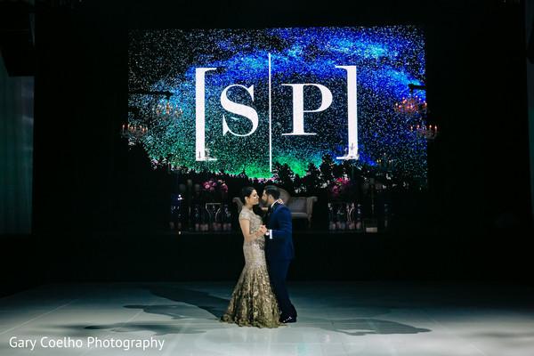 indian bride and groom,indian wedding reception fashion,indian wedding reception dance floor