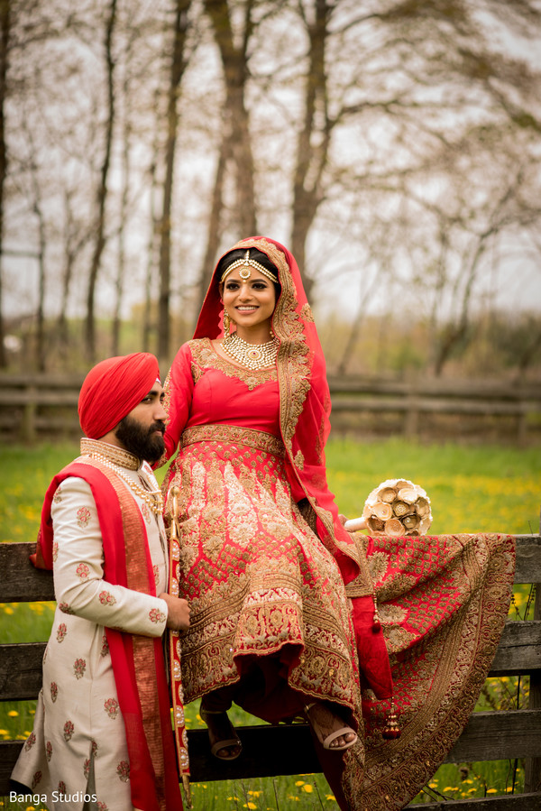 indian bride and groom,indian wedding ceremony fashion,indian bridal anarkali